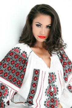 European Girls, Ethnic Fashion, Traditional Art, Cross Stitching, Kimono Top, Bell Sleeve Top, Embroidery, My Love, Beauty
