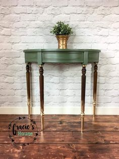 ideas refurbished furniture diy table home decor diy home decor furniture 30 cool diy furniture hacks that are so creative Refurbished Furniture, Paint Furniture, Repurposed Furniture, Furniture Projects, Furniture Making, Furniture Makeover, Vintage Furniture, Office Furniture, Gold Leaf Furniture