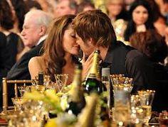 """Αποτέλεσμα εικόνας για Ένα φιλί ήταν μόνο μα ένα φιλί ήταν τόσα πολλά"""""""