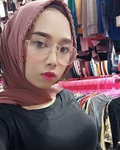 I Muslim, Muslim Women, Niqab, Hijab Fashion, Bodycon Dress, Sexy, Model, Instagram, Beautiful