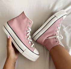 Mode Converse, Converse Shoes, Shoes Sneakers, Colored Converse, Sneakers Fashion, Fashion Shoes, New Shoes, All Star Shoes, Aesthetic Shoes