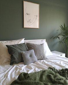 Bedroom Wall Decoration Ideas - Home Decor Ideas Bedroom Green, Home Bedroom, Bedroom Decor, Green Bedding, Khaki Bedroom, Green Bedrooms, Master Bedroom, Wall Decor, Scandinavian Interior Design