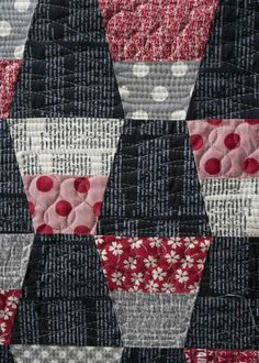 Love this version of a tumbler quilt pattern!