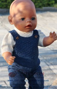 18 inch doll knitting patterns - a stylish designer suit for you doll Knitting Dolls Clothes, Knitted Dolls, Doll Clothes Patterns, Doll Patterns, Baby Cardigan Knitting Pattern Free, Baby Knitting, Crochet Baby, Knitting Patterns, Baby Born Clothes