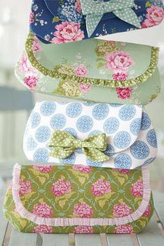 sweet pouches / small ruffle detail / ~tilda fabrics