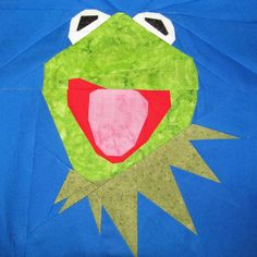 Muppet Monday! Kermit The Frog, free paper pieced pattern by @Michelle Thompson. fandominstitches.com