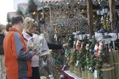 November is upon us, and with it Christmas is just around the corner. That means it's time for the annual Spruce Meadows International Christmas Market, presented by Telus.