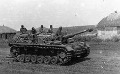 Soviet Army, Panzer, Hd Movies, World War Ii, Military Vehicles, Ww2 Tanks, Theater, German, Steel