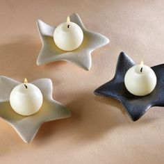 New Pic Ceramics Pottery candle holders Suggestions Ausgezeichnet Foto Diy Candle Holders, Diy Candles, Making Candles, Diy Clay, Clay Crafts, Ceramic Clay, Ceramic Pottery, Christmas Clay, Christmas Crafts
