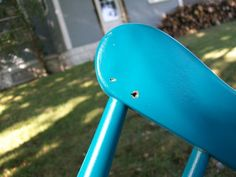 Chair Swing Diy Swing, Porch Swing, Backyard Projects, Easy Diy Projects, Swinging Chair, Chair Swing, Bolts And Washers, Old Chairs, Diy Chair