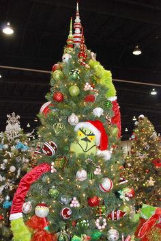 Grinch Who Stole Christmas themed tree