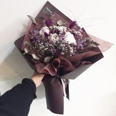Beautiful Bouquet Of Flowers, Dried Flower Bouquet, Beautiful Flower Arrangements, Diy Flowers, Floral Arrangements, Beautiful Flowers, Pink Plant, Flower Ball, Flower Aesthetic