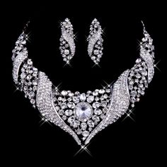 Luxury silver necklace of white wedding dress