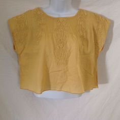 FREE PEOPLE 100% Cotton Crop Top  Scrollwork Appliques  Maize Yellow  Small  EUC…