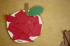 "we made apples for our ""apple store"" by scrunching up paper bags and taping them up! the good thing is that this store takes all forms of payment because these apples were pricey…… September Preschool, Fall Preschool, Preschool Projects, Preschool Activities, Preschool Apples, Bus Crafts, Daycare Crafts, Daycare Ideas, Fall Projects"