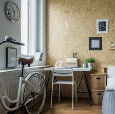 Un rato más de trabajo en casa y me voy a dar una vuelta en bici. ¡Me encanta tenerlo todo a mano! #deco #decoracion #muebles #mesa #escritorio  http://elmercadodemaria.com/comprar-escritorios-muebles/