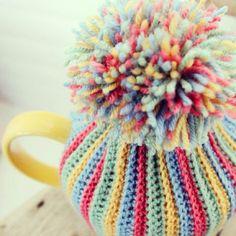 Pom-Pom Tea Cosy