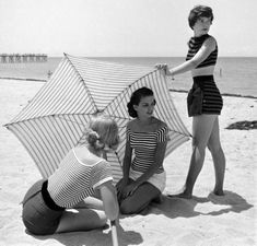 A day at the beach, 1950