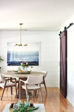 Charmant In This Main Floor Makeover, City Farmhouse Incorporated An Ocean Print For  The Illusion Of