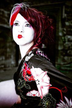 Monique Luttin - Kris Elliott | Photographer