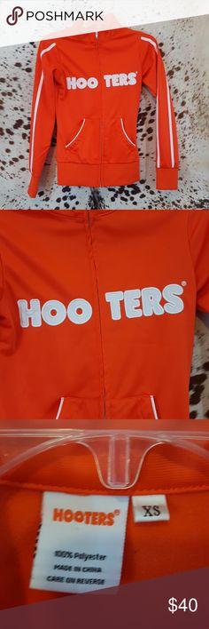 New Logo Hooters Bar Girl T-shirt Vest with Hot Pants Fancy Dress