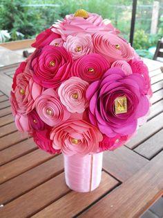Különleges csokrok saját kezűleg - Színes Ötletek Making Fabric Flowers, Diy Flowers, Paper Toys, Paper Crafts, Summer Feeling, Flower Crafts, Creative Art, Origami, Create