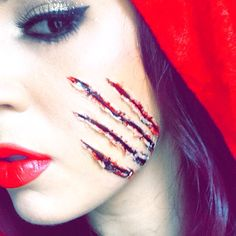 Scar wax and blood grl 10 minute makeup for Halloween!