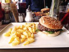 Wer auf wirklich frisches Fleisch mit intensivem Geschmack steht, ist hier genau richtig!