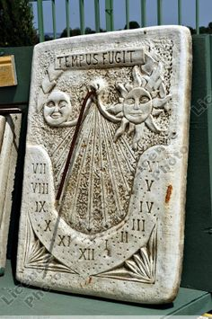 Cadran solaire - Isère Sistema Solar, History Of Astronomy, Lightning Rod, Time Clock, Wooden Clock, Sundial, Stonehenge, Tic Tac, Middle Ages