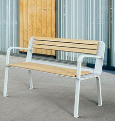 Lodge bench - a minimalistic design made of steel and oak Urban Furniture, Street Furniture, Furniture Design, Outdoor Furniture, Outdoor Decor, Archi Design, Minimalist Design, Steel, Architecture