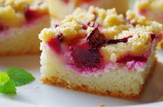 Kysnuty tvarohovo-slivkový koláč s mrveničkou   Pečené-varené.sk