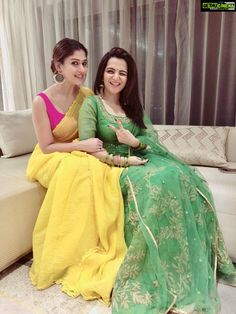 7 Nayanthara's Chicest Saree Looks of 2018 Best Picture For sleeveless blouse designs For Your Taste Dress Indian Style, Indian Dresses, Indian Outfits, Indian Wear, Indian Attire, Indian Clothes, Saree Blouse Patterns, Saree Blouse Designs, Dress Designs