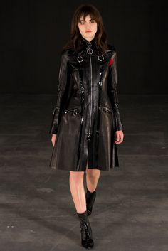 Thomas Tait Fall 2015 Ready-to-Wear - Collection - Gallery - Style.com