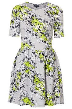 Floral Textured Flippy Dress Want Super Cute Dresses, Cheap Dresses, Nice Dresses, Fitted Dresses, Dressy Dresses, Spring Dresses, Cotton Dresses, Budget Fashion, Fashion Outfits