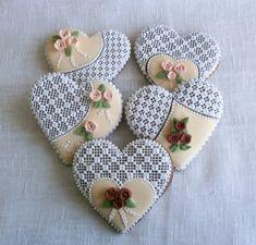 Srdce s růžičkami Dekorativní předmět Cena je za 1 ks ve velikosti 10 cm,balený do celofánu