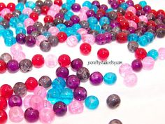 150 6mm Parisian Collection Glass Crackle Beads. Starting at $5 on Tophatter.com!