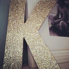 classyisalwaysinstyle:    Glitter DIY letters @forchicsake