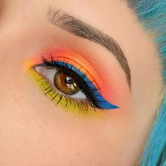 """ROSALINA YOUNG on Instagram: """"Used: @meltcosmetics Radioactive stack (all color's), @nyxcosmetics felt tip liquid liner in Cobalt Blue, @shopvioletvoss lashes in """"just slayin"""". Hating my brows right now because I cut them all wrong but @itcosmetics universal brow pencil has helped me keep up with the illusion of """"good brows"""" ✨ #meltcosmetics#meltRADIOACTIVE#nyx#itcosmetics#violetvoss"""""""