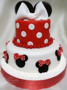 Minnie Mouse Cake-for her birthday! Bolo Minnie, Mickey Mouse Cake, Minnie Mouse Cake, Fancy Cakes, Cute Cakes, Minnie Birthday, Birthday Cake, Bolo Cake, Mickey Party