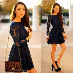 ba3c052599705 navy floral cutout dress. blogger  jessica r. zazumi.com Casual Dresses
