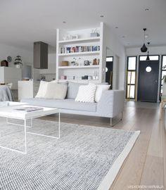 livingroom31.jpg 660×756 pixels