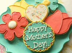 Colorful Mother's Day Cookies~ No source, Orange tulip, yellow Mother's Day Cookies, Iced Cookies, Yummy Cookies, Cupcake Cookies, Sugar Cookies, Cupcakes, Cookie Crush, Iced Biscuits, Cookie Designs