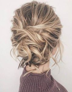 Perfectly Imperfect Updos You'll Love for Your Wedding: Twist your hair into a gorgeous imperfect updo that will look stunning! Perfectly Imperfect Updos You'll Love for Your Wedding: Twist your hair into a gorgeous imperfect updo that will look stunning! Short Hair Updo, Easy Updos For Medium Hair, Updos For Medium Length Hair, Messy Updo, Messy Hairstyles, Medium Hair Styles, Curly Hair Styles, Wedding Hairstyles, Hair Medium