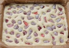 prajitura cu iaurt si capsuni (4) No Cook Desserts, Sweets Recipes, Sweet Desserts, Baby Food Recipes, Cake Recipes, Cooking Recipes, Romanian Desserts, Romanian Food, Baby Dishes