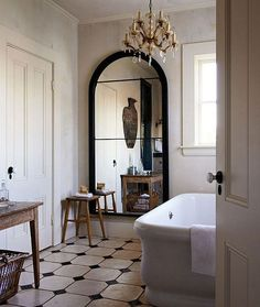 Parisian Chic Decor Ideas For Your Apartment - The Mood Palette - Parisian Decor is the epitome of elegant interior design. It's simple yet chic. It adds personali - French Interior Design, Interior Design Minimalist, Bathroom Interior Design, Decor Interior Design, Classic Interior, Modern French Interiors, Antique Interior, Interior Modern, Modern French Decor