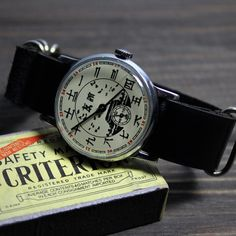 Vintage watch! Watch Room, Vostok Watch, Nato Strap, Mechanical Watch, Watch Case, Watch Brands, Vintage Watches, Gifts For Him, Badass