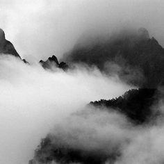 Sacred Mountains of Taoism: Jade Dragon Snow Mountain Sacred Mountain, Snow Mountain, Mountain Photography, Nature Photography, Beautiful Landscapes, Beautiful Images, Taoism, Wedding Photography And Videography, Photo Black