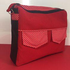 clair_de_lune_fr Un nouveau sac, j'aime bien le coupon de l'étrange noël de Mr Jack😊 donc sa forme est parfaite pour y mettre mon iPad 🤩 c'est ce que je cherchais!! Le patron vient de chez #sacotin #couturedebutant #couture #coutureaddict #coutureaccessories