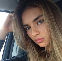 beautifull-mindss: ... chocolate blonde hair, dark eyes, dark brows, light brown skin, full lips <3 -