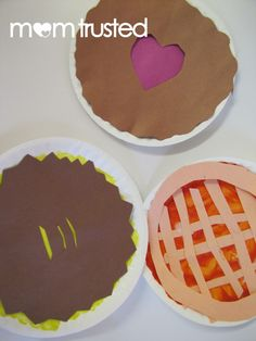 Thanksgiving pie paper plate craft for kids. So cute!